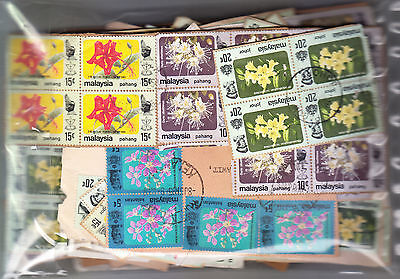 MALAYSIA Flowers in blocks/strips 70gms on-paper KILOWARE. Start at US$2.00