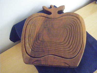 Canadian Maple Wood Collapsible Wooden Basket / Fruit Bowl.