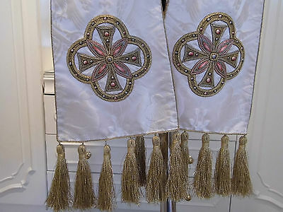 ANTIQUE MID 19th C STOLE EMBROIDERED & LACE EMBOSSED SILK GRIFFIN  DEACON BISHOP