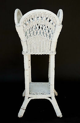 Vintage White Wicker Fern Planter Plant Stand Holder Basket Elegant White