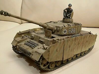 1/35 ww2 panzer IV ausf H  built & painted + figure pro painted