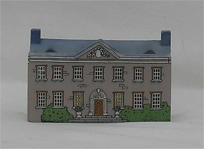 Vintage 1980s Wade Ireland Bally-Whim House #8 Miniature