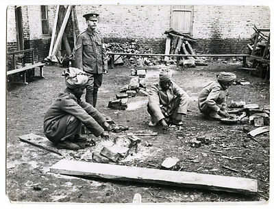 World War One Ww1 Original Photo - Indian Soldiers Cooking Out Doors