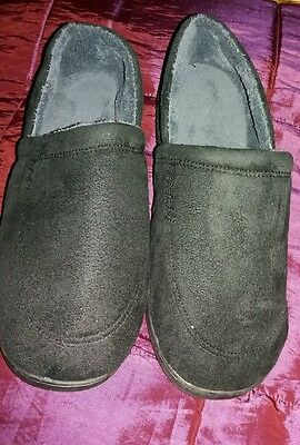 Mens Slippers Size 8/9 New