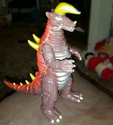 GODZILLA : PLASTIC / PVC GODZILLA FIGURE MADE BY BAN DAI china 1983 rare