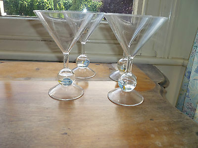 4 x CLEAR PLASTIC VINTAGE RETRO PARTY MARTINI COCKTAIL MOCKTAIL GLASSES