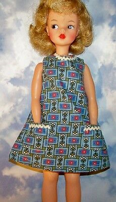 Vintage Tammy Barbie Wendy Blue Red Flowers House Dress Cleaning Day