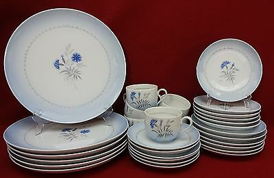 BING & GRONDAHL china CORNFLOWER BLUE pattern 30-piece SET SERVICE for Six (6)