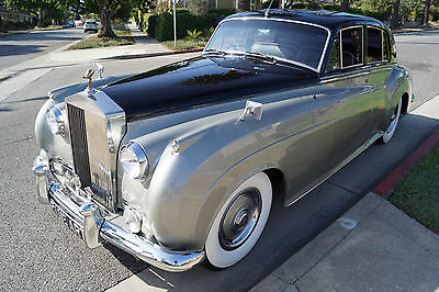 1961 Rolls-Royce Other Black Connolly Leather with Light Gray Piping 1961 BENTLEY S2 / ROLLS ROYCE SILVER CLOUD II V8 SEDAN WITH RARE FACTORY AC!