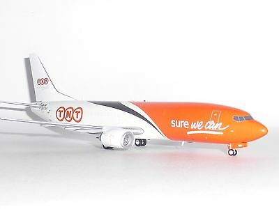 Boeing 737-400 TNT Logistics JC Wings Diecast Metal Model Scale 1:200 JC2099 G