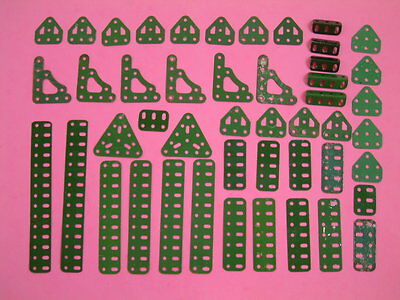 Green Meccano 47 items. flat trunnions 126a, architraves 180, triangles 76,