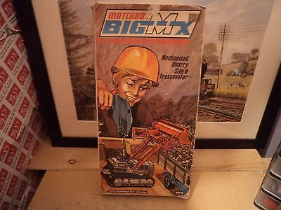 Matchbox Bm-5 Big Mx Mechanised Quarry Site And Traxcavator,excellent,in Box...