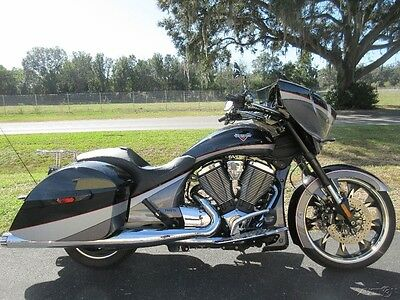 Victory Magnum™ MAGNUM, CROSS COUNTY, VISION, CUSTOM, BAGGER 2015 Victory Magnum, SWEET RIDE, EXHAUST, VERY COOL,  6SPD, READY TO GO