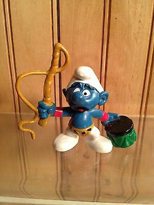 SMURF - LION TAMER with TAN WHIP