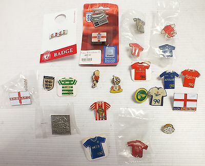 Vintage Lot Of Mixed FOOTBALL PINS BADGES - ENGLAND Liverpool Man UTD  - S83