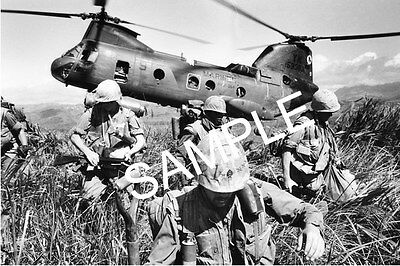 """VIETNAM WAR US MARINES BEING DROPED OFF IN A LANDING ZONE  4"""" x 6"""" PHOTO # 73"""