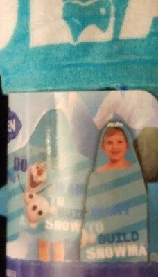 Frozens Olaf Hooded Decorative Collector Toddler Childs Towel New as Pictured