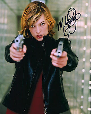 * ** MILLA JOVOVICH ** * Autographed (RESIDENT EVIL) Glossy 8x10 RP