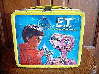 E.T. ET the EXTRA TERRESTRIAL - 1982 Vintage METAL LUNCH BOX - UNIVERSAL ALLADIN