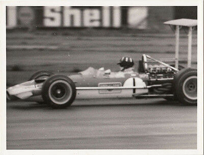 LOTUS SINGLE SEATER CAR No.1 DRIVEN BY GRAHAM HILL , PHOTOGRAPH.