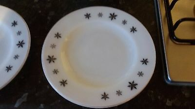 "Pyrex "" Snowflake"" Plates  X 4   8In"