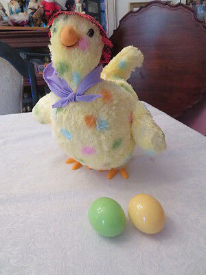Momma Hen From Hallmark Goes Up And Down, Sings A Sond And Lays Eggs!