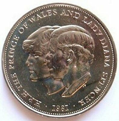 1981 UK Royal Wedding Charles & Diana Crown 5/- Coin in Collectors envelop
