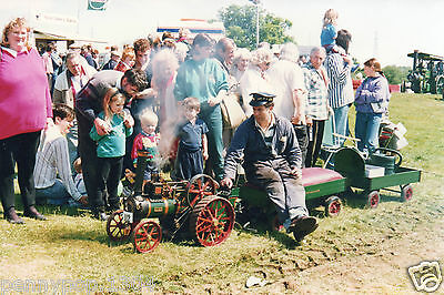 Small Model Steam Traction Engine * Unidentified * Sellinge, Kent. 1994