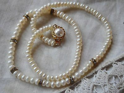 Gorgeous Vintage 1980s Genuine PEARL Necklace with dainty crystals