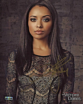 Vampire Diaries Kat Graham/Bonnie Bennett 8x10 Color Photo (EBAU-1286)