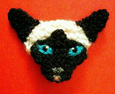 knitted siamese cat brooch NEW !