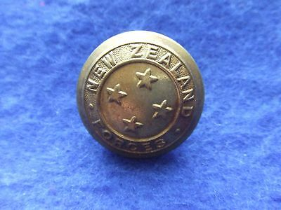 1 X Wwi New Zealand Forces 25Mm Brass Button, Gaunt
