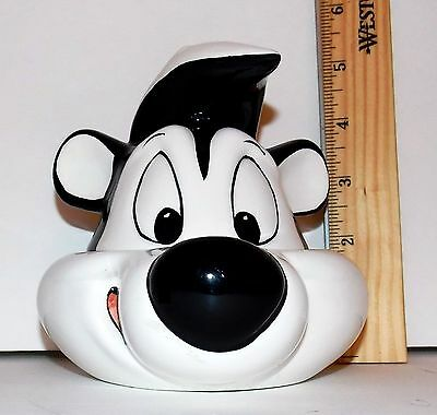 Pepe LePew Skunk Covered Candy Dish Warner Bros Store Exclusive 1997 EUC