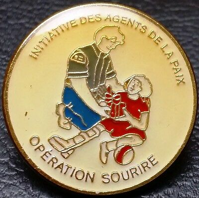 Operation Sourire, Initiative des Agents de la Paix, Quebec, Canada Lapel Pin