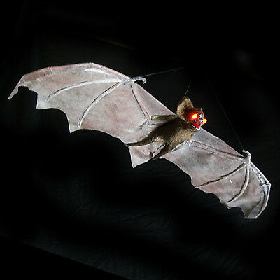 """Lighted Vampire Bat Flying Halloween Party Decoration Haunted House Prop 31"""""""
