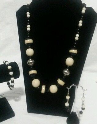 Ivory and Black Tagua Necklace,Earrings & Bracelet Set from Ecuador
