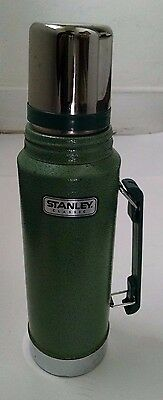 Stanley Classic Hammertone Green Stainless Steel Thermos Vacuum 1 Quart A-944DH