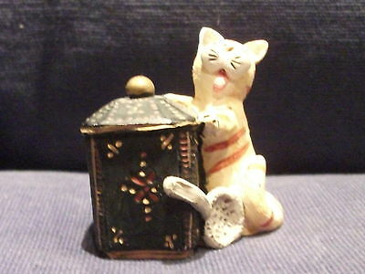 PETER FAGAN/COLOURBOX CAT ONE FOR THE POT HS 619a