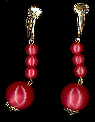 Vintage CHERRY RED MOONGLOW Lucite BEAD Dangle EARRINGS,fjt
