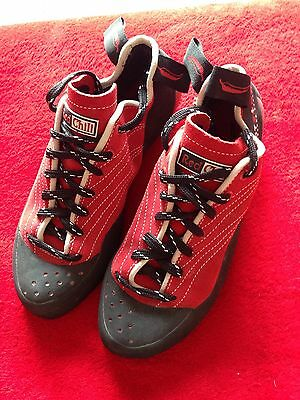 Red Chili Climbing Shoes New