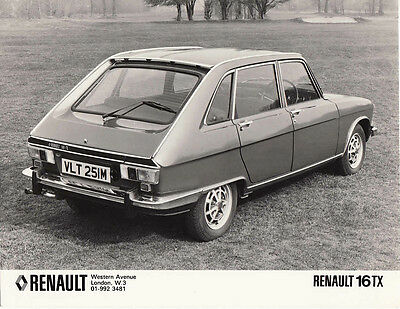 Renault 16Tx Period Photograph.