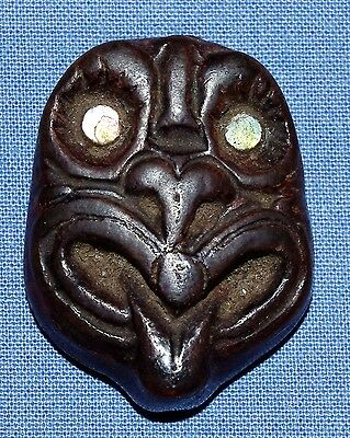 Very Fine & Rare Old Antique Maori Hand Carved Mask Pendant Paua Shell Eyes