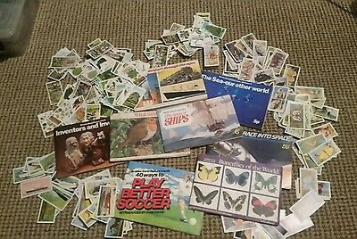 Large collection of tea/gum cards and albums