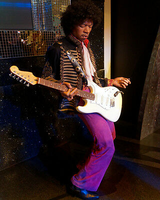 Jimi Hendrix Rock n Roll Hall of Fame Guitar Legend Color Photo Picture