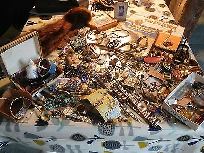 Lovely Huge Mixed Job Lot of Assorted Vintage Items Old Coins Watches etc