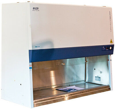 Esco Labculture Reliant Class II Type A2 Biological Safety Cabinet