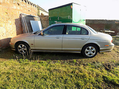 2001 Jaguar S Type 3.0 Automatic Gold Metallic - spares or restoration
