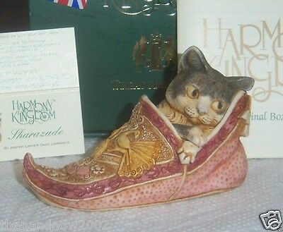 Sweet Cat in Shoe Harmony Kingdom SHARAZADE TJDLLECA NOS NIB Signed 0174/3600