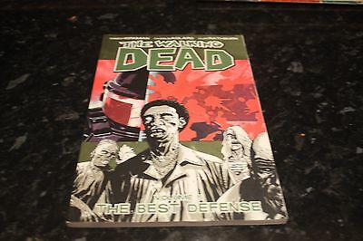 the walking dead volume 5 the best defense graphic novel collects issues 25-30