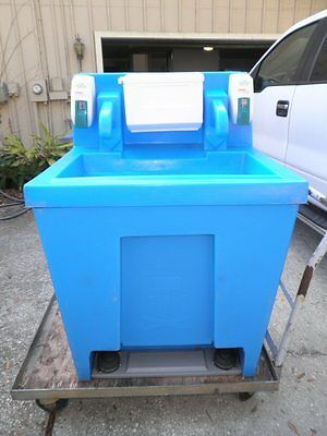Polyportables Portable Free-Standing 2-User Hand Wash Washing Station Sink 45gal